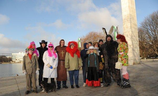 Die Teilnehmer des 1. Maschsee-Faschingslaufs im vergangenen Jahr. Foto: Wilfred Feege/myheimat.de