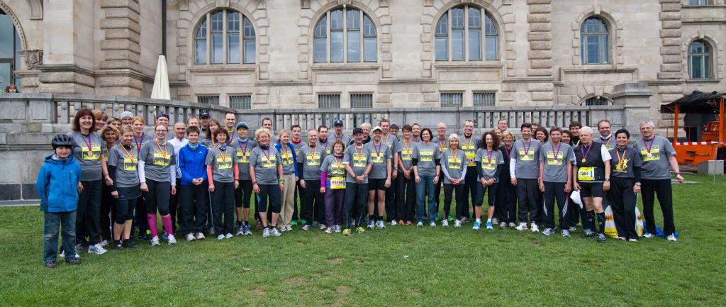 Die HAZ-Laufgruppe nach dem erfolgreichen Hannover-Marathon 2012. Foto: Finn