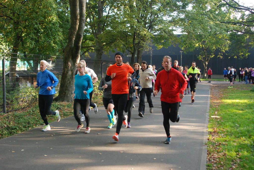 Leistungstest der HAZ-Läufer: In 10 Minuten so viele Meter wie möglich. Foto: Schenker