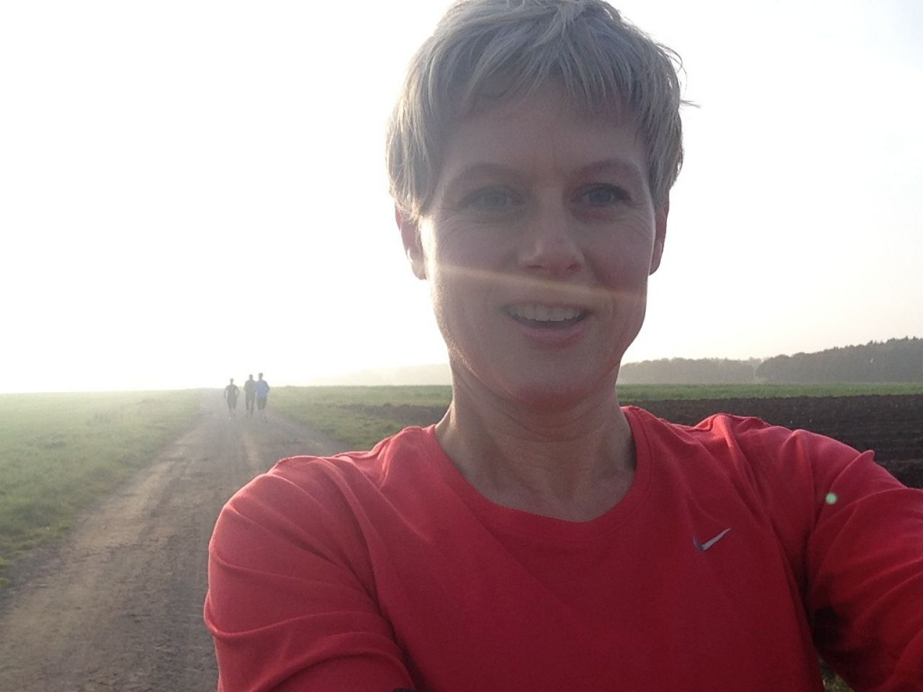 Selfie in der Oktobersonne: Tanja Niehoff bei ihrem langen Lauf am Wochenende.